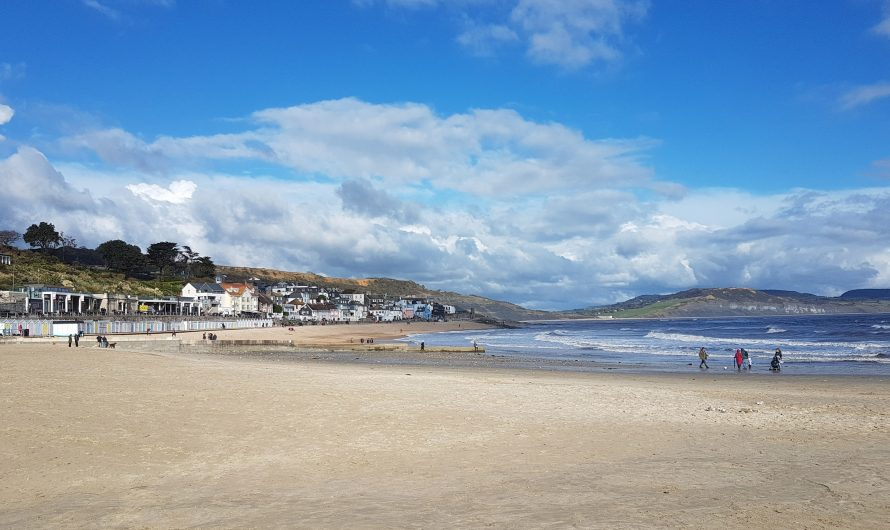 South West Coast Path: Undercliffs and Lyme Regis